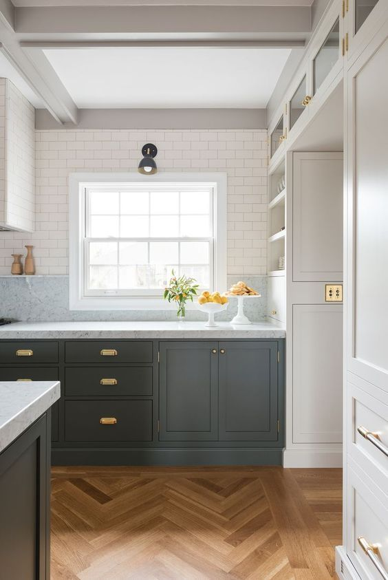 The Essential Guide: Modern Farmhouse Kitchen Design ...